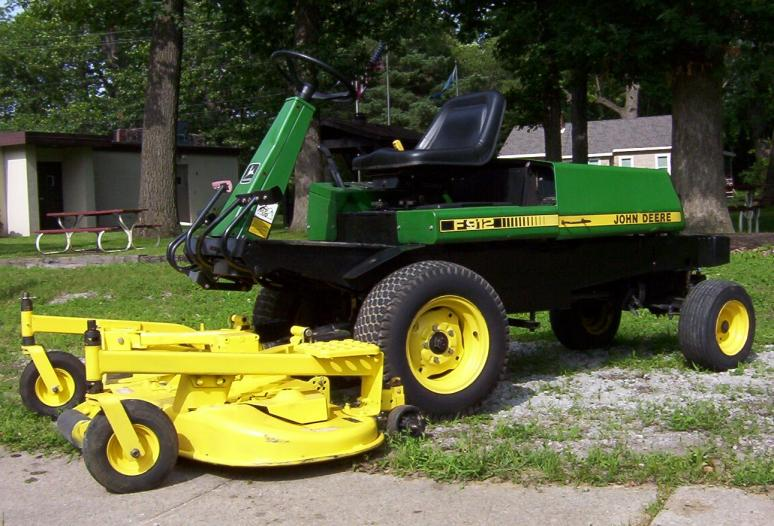 JD F912 Front Mower