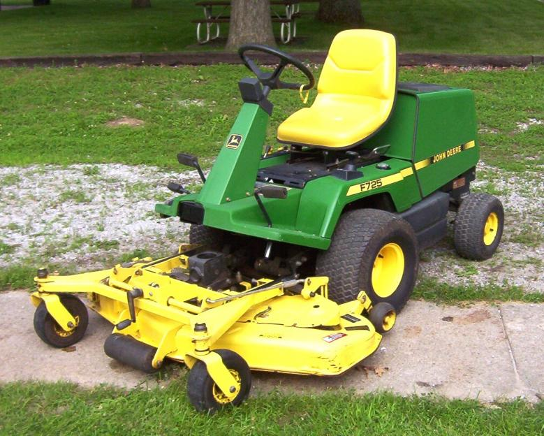 JD F725 Front Mower